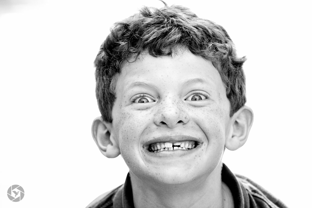 gingi redhead excited boy photographed by Yonit Schiller © 2015  יונית שילר
